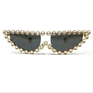 Authentic NEW Gucci Rhinestone Cat Eye Sunglasses